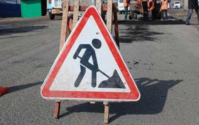 ФОТОФАКТ. Соцсети насмешил ремонт дороги во Львове