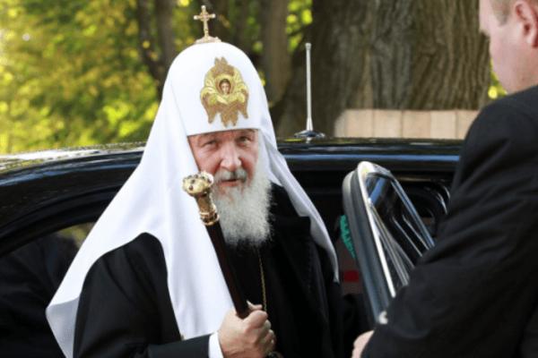 «Аскетический» Патриарх Кирилл решил проучить верующих скромности
