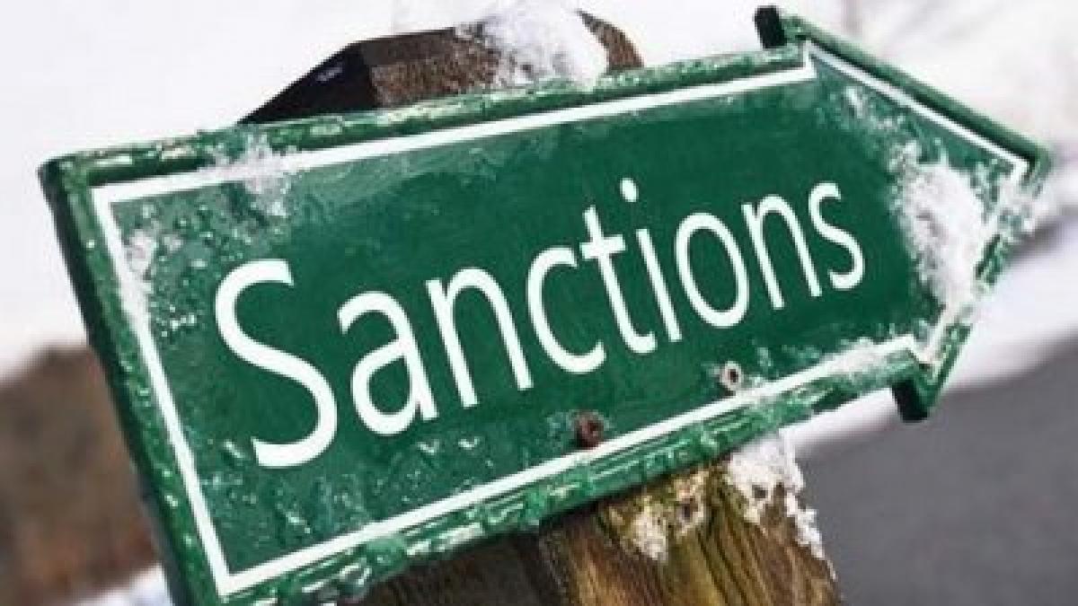 Запад продлил санкции в отношении России