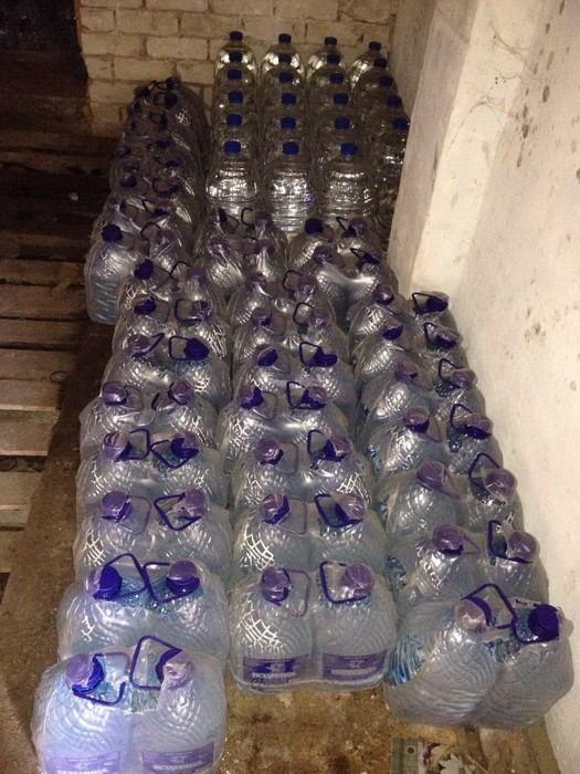 «Паленая» водка: СБУ накрыла цех по производству алкогольного фальсификата