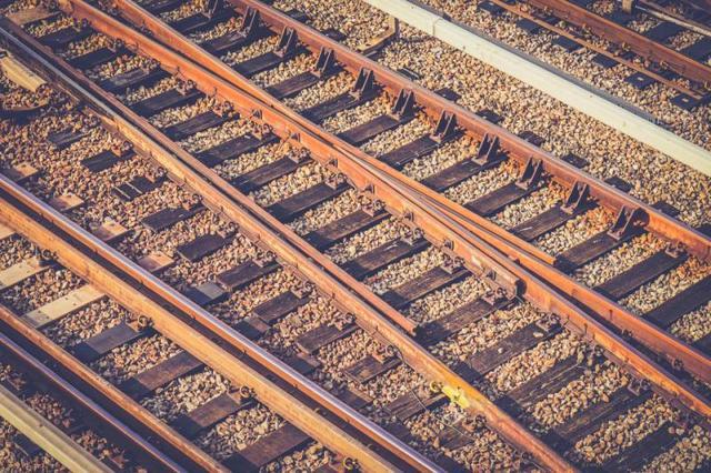 В Броварах работники железной дороги три года получали деньги за фиктивных кладовщиков