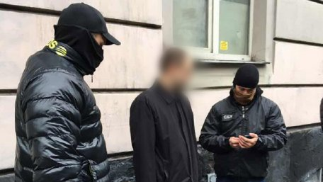 Львовского прокурора поймали на взятке