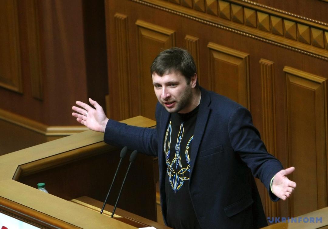 Парасюк опозорился на всю Украину своей неосведомленностью в политике
