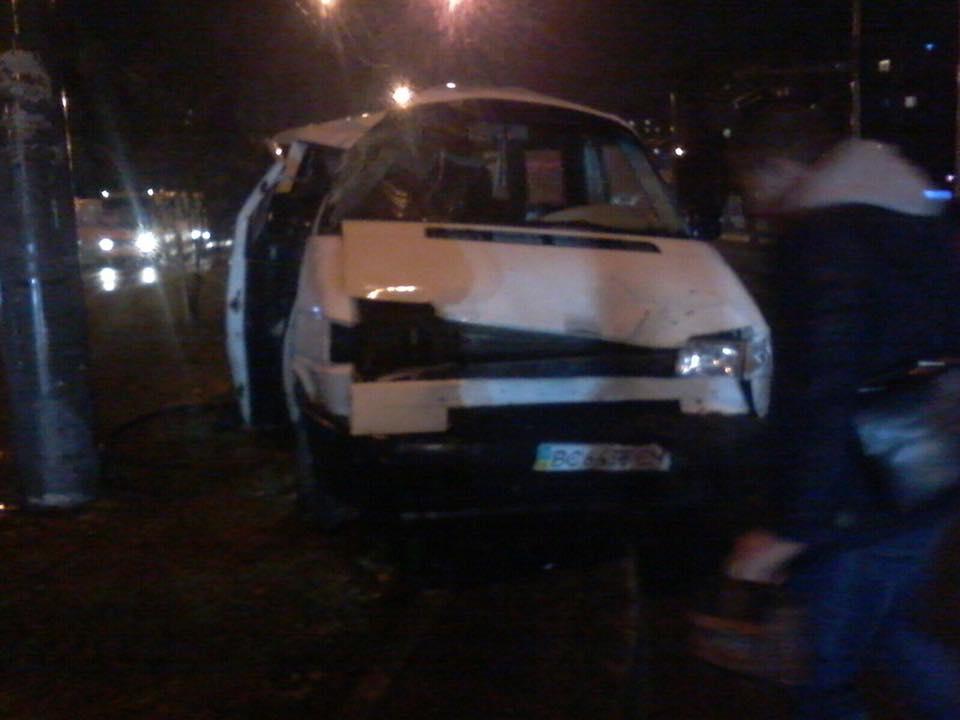 Ужасное ДТП на Львовщине, от машины не осталось живого места