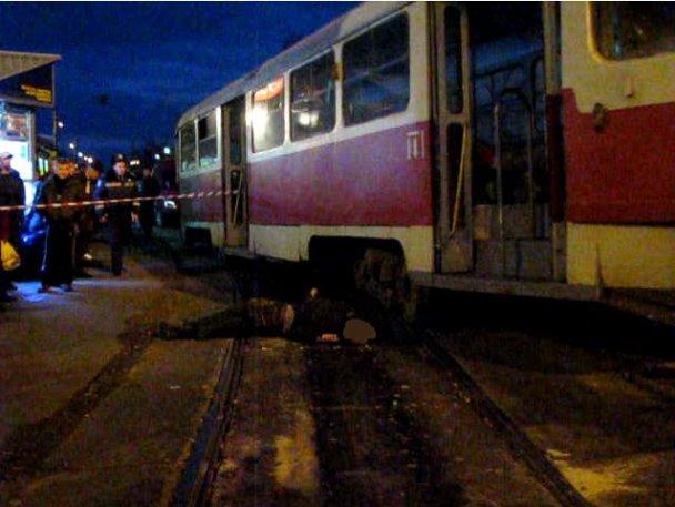 Срочно! Во Львове загорелся трамвай во время движения: последствия впечатляют (фото)