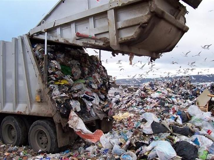 Луцкие депутаты отказались от львовского мусора