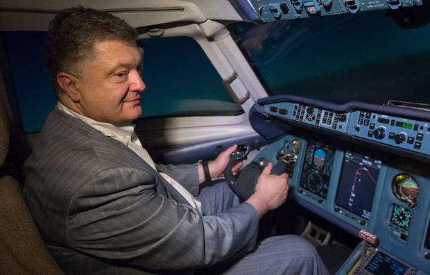 Друг Порошенко организовал побег Януковича из Украины