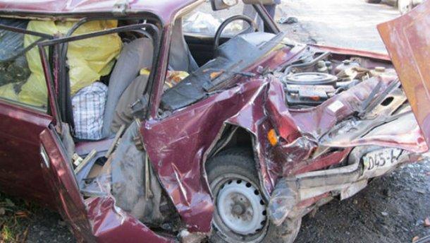 Страшная авария в Винницкой области унесла жизни 2 человек: появились жуткие фото