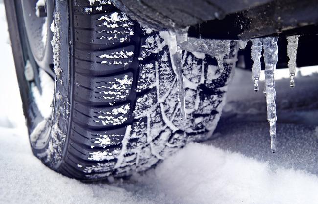 Смена летних шин на зимние: когда это нужно делать и почему