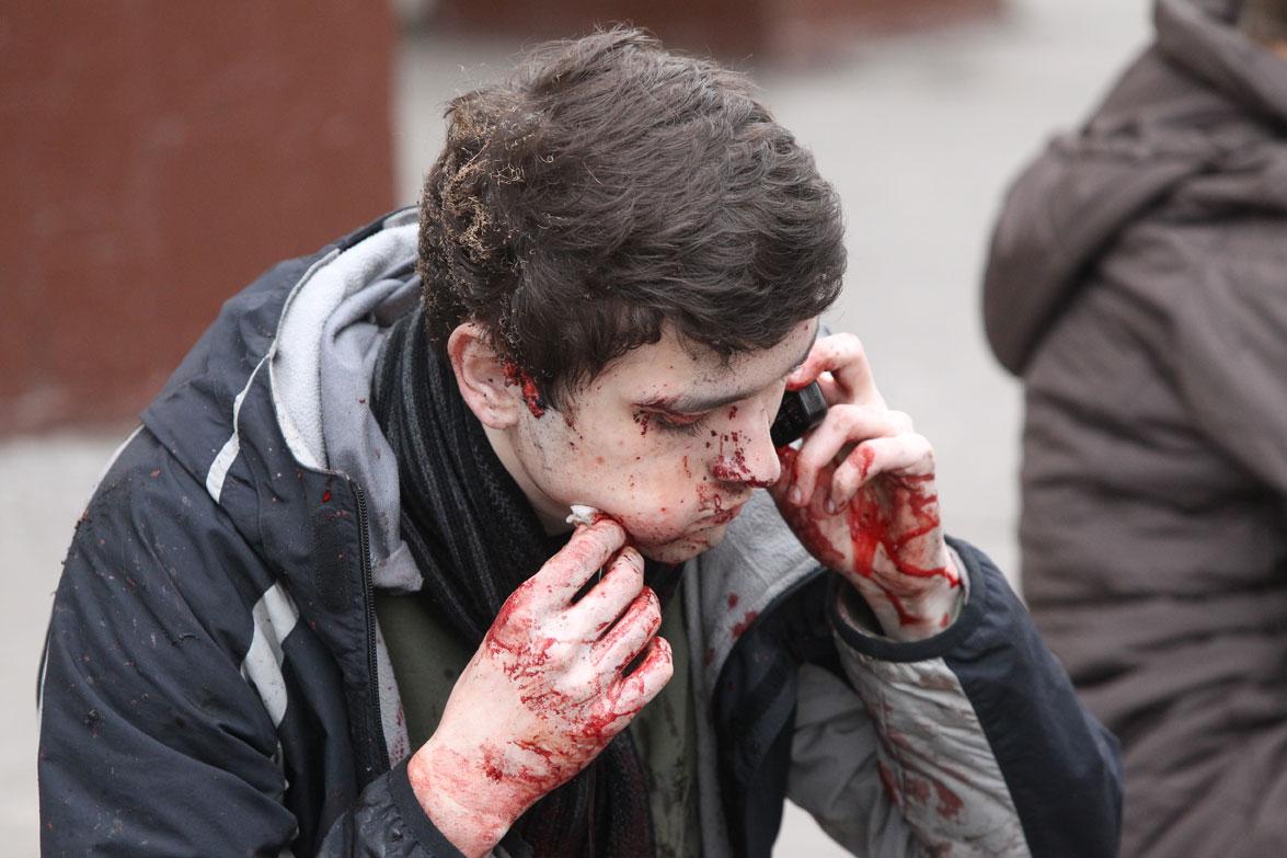 В Украине мужчина бросил гранату в толпу людей: последствия ужасные