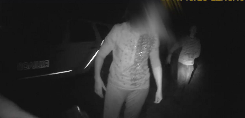 На Львовщине бешеная семейка жестоко избила патрульных (видео 18+)
