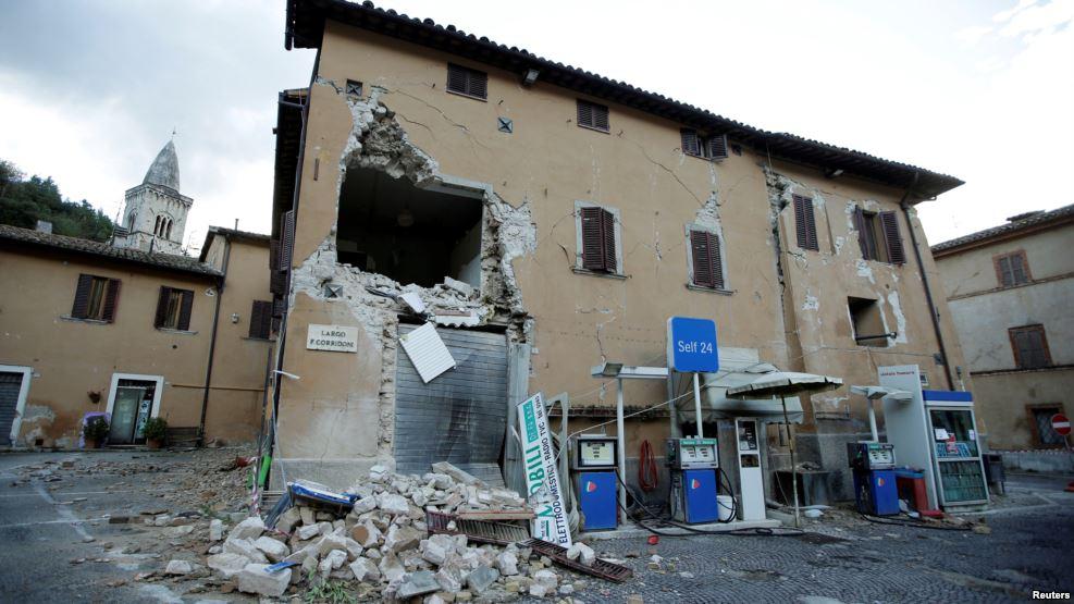 Ужасные последствия землетрясения в Италии всколыхнули всю сеть: новые подробности