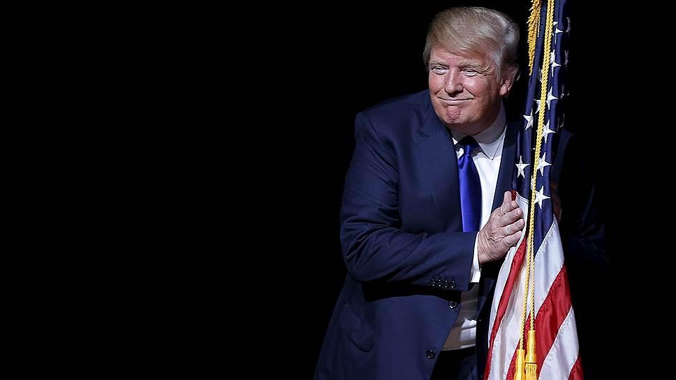 Трампа заметили в порно: с шампанским и женщинами