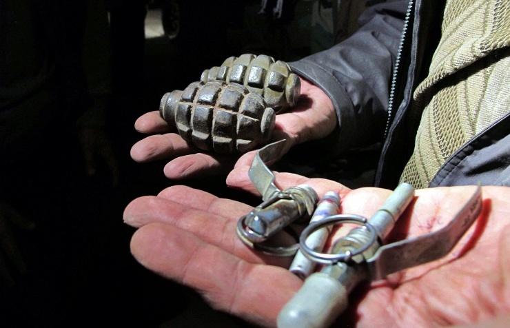 Мужчина бросил гранату в группу полицейских: трое погибли на месте (фото)