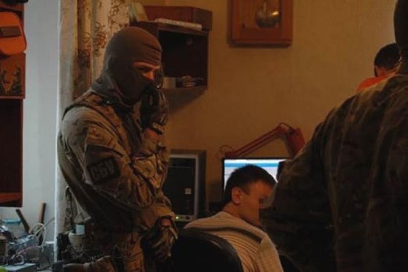 В раде приняли закон о слежке за украинцами в интернете.Сайты будут блокировать без решения суда