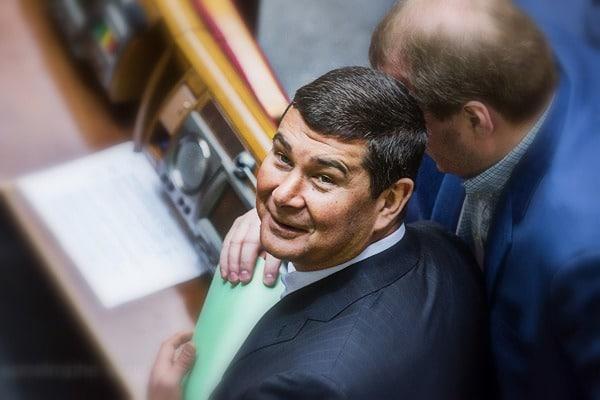 Розыск Онищенко застопорили в Интерполе
