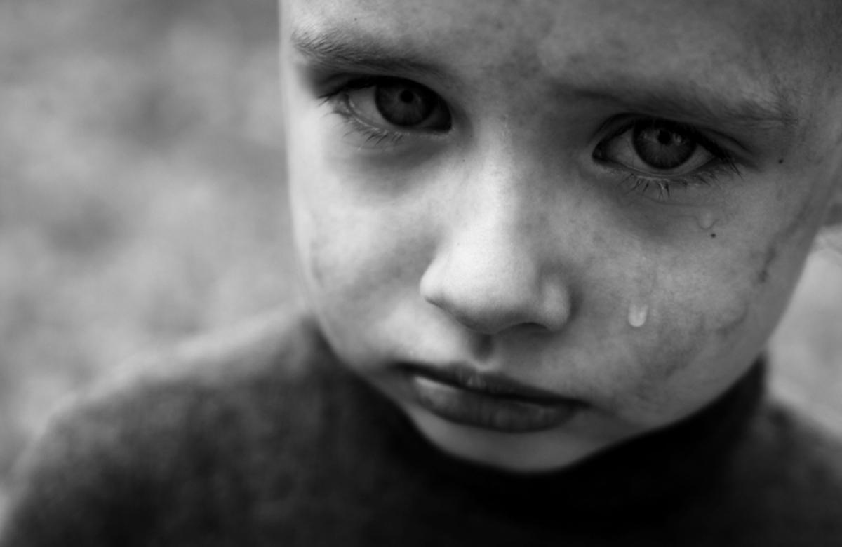 Старшеклассники — рагули изнасиловали маленького мальчика, а полиция обвинила маму