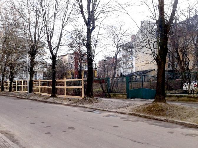 Во Львове должностных лиц будут судить за незаконное строительство