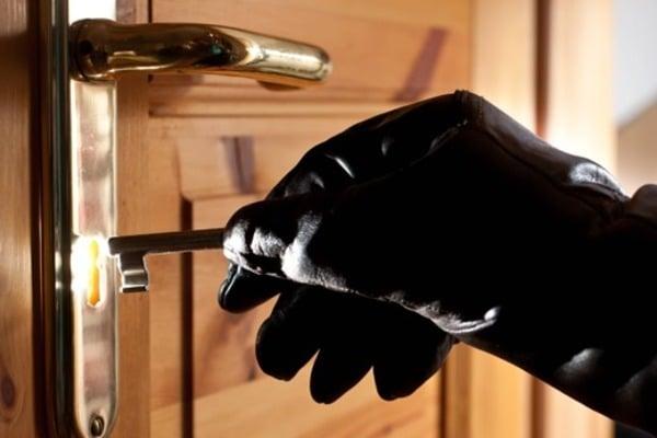 В Киеве обчистили квартиру экс-министра: преступники вынесли сейф
