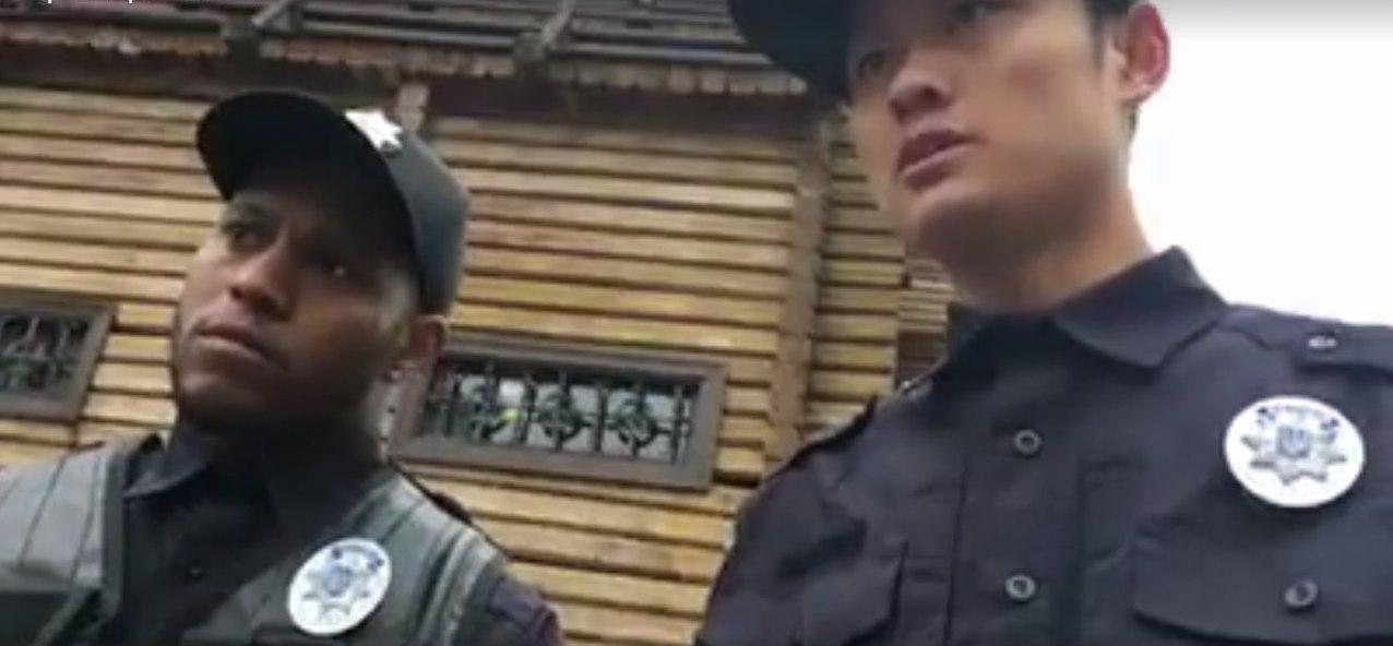 Видео с Киевскими полицейскими подорвало всю сеть: могли бы и выучить государственный язык (видео)