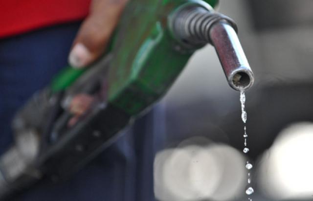 С 2017 года цены на бензин поднимаются не на шутку: водители возмущены