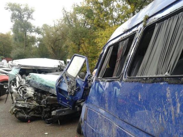 Массовое ДТП: водитель устроил шокирующую аварию, количество жертв впечатляет