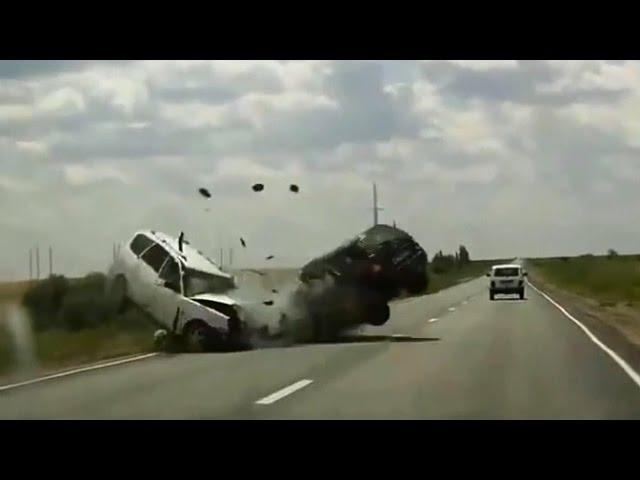 Ужасная авария: все жители молятся за спасение этих несчастных людей