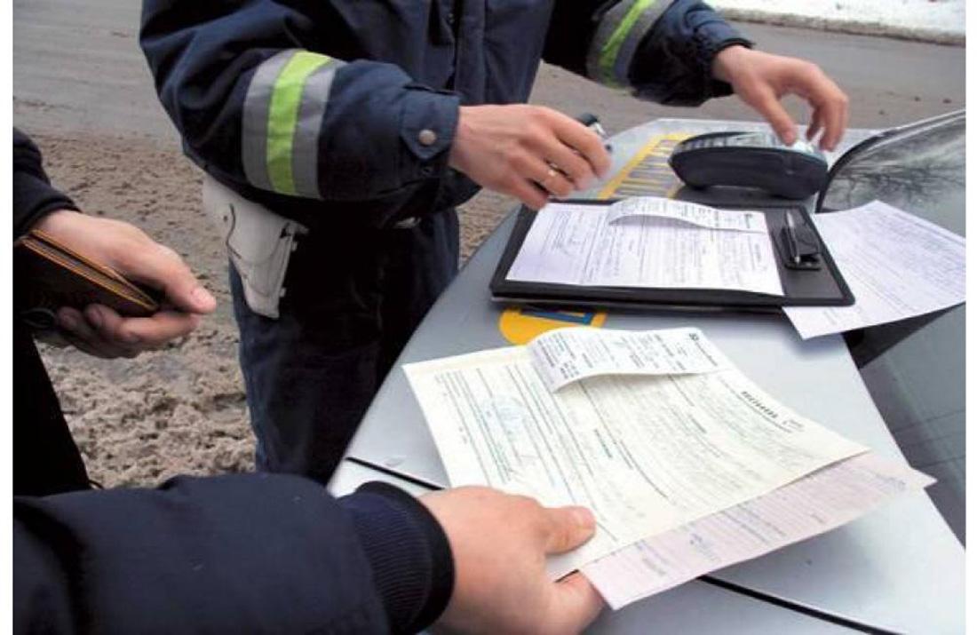 Сюрприз украинским водителям: на нерастаможенные авто началась серьезная охота, штрафы впечатляют