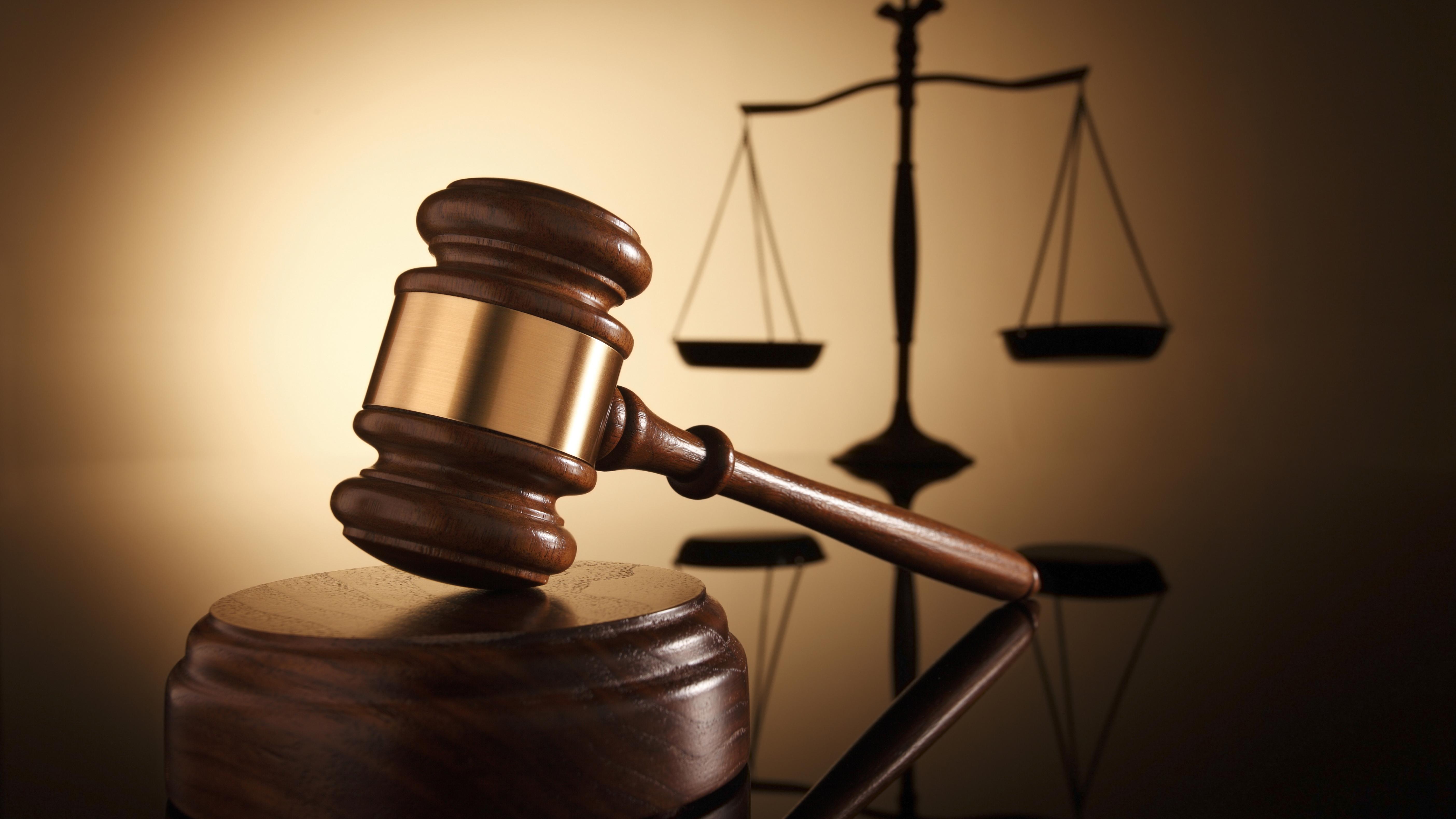 Днепровского судью-взяточника отпустили под небольшой залог