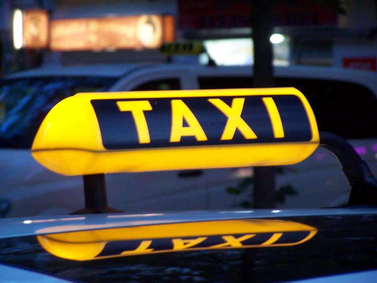 Простите, в вашем районе нет свободных машин. Вся правда о такси во Львове