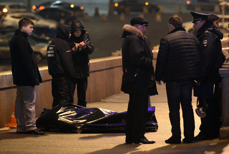 В центре Киева самоубийца вонзил себе нож в сердце