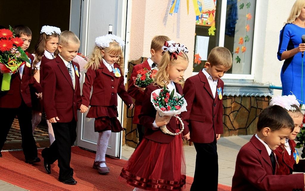 Это уже слишком! В украинских школах решили отменить каникулы