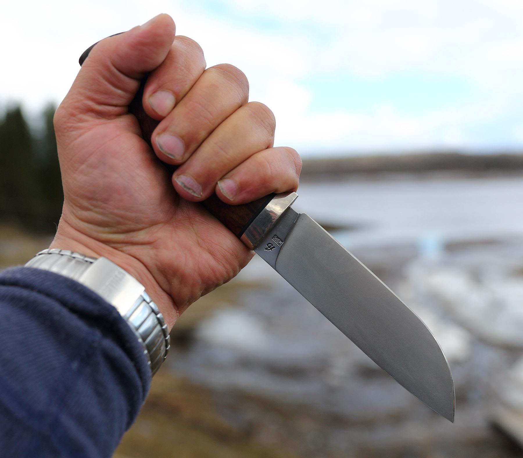 На Днепропетровщине 18-летняя девушка убила своего сожителя