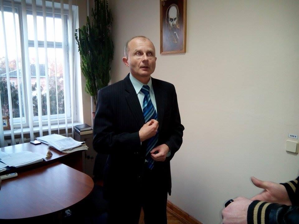 Арестован схваченного на взятке главу Фонда госимущества в Ивано-Франковске, залог — 4300000 грн