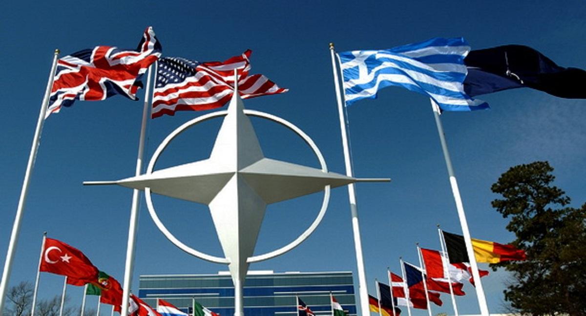 НАТО отложил следующий саммит из-за Трампа — СМИ