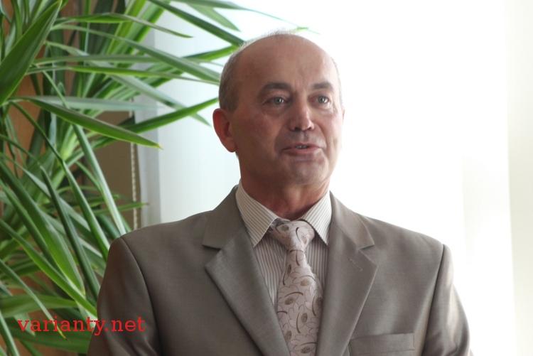 Председатель Апелляционного суда Львовской области ездит на четырех авто