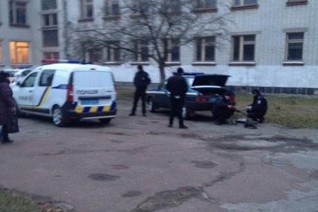 Во дворе черниговской школы полиция выкопала «опасного» хомяка