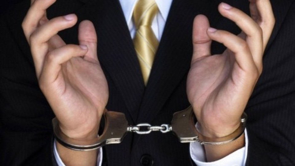 Наглий прокурор под арестом требует компенсацию
