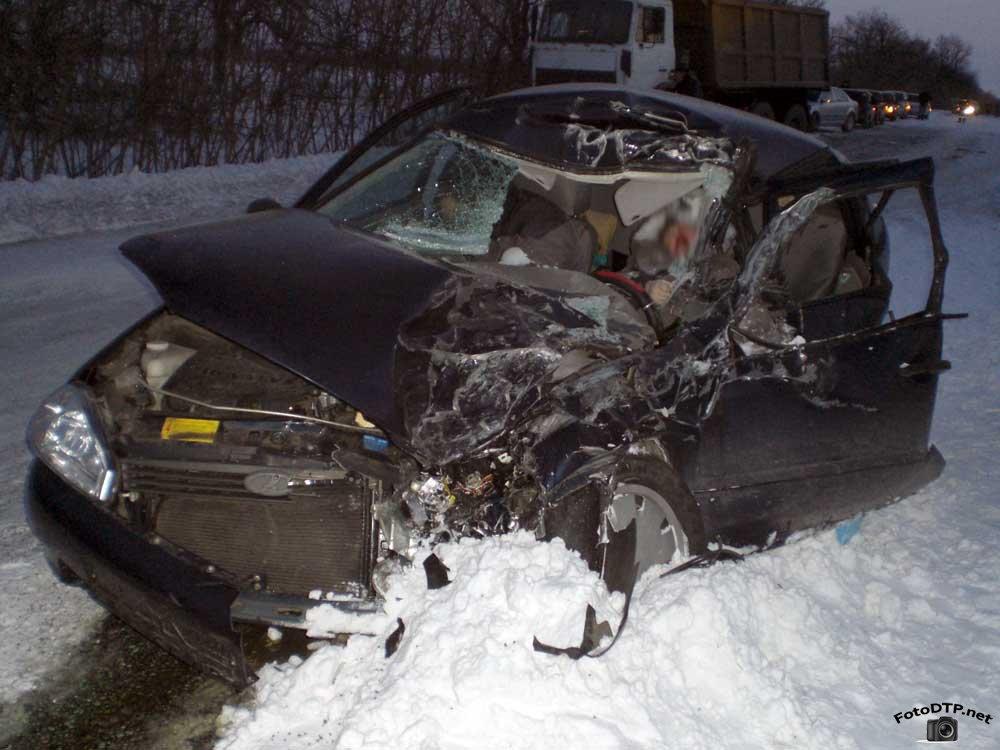 Ужасное ДТП, водитель вообще неадекватный: протаранил копов и едва не лишил жизни женщине