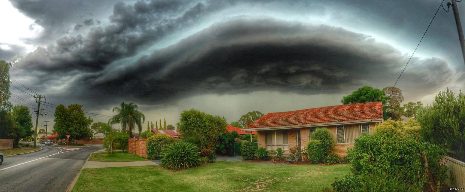 Внимание! Австралия страдает от мощной грозы. Непогода продолжает забирать жизни людей. Известно об ужасных подробностях