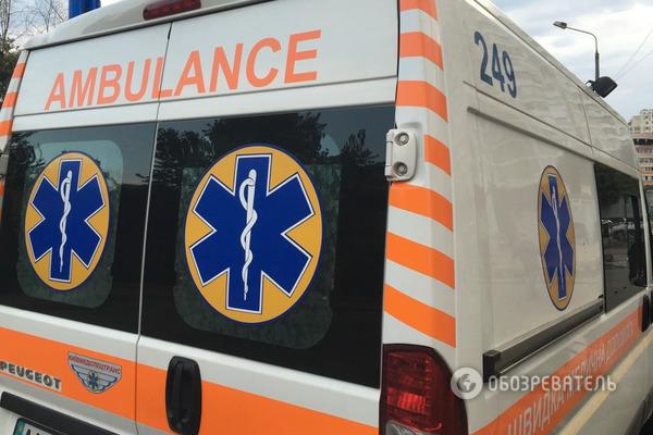 В Киеве из здания роддома выпал мужчина