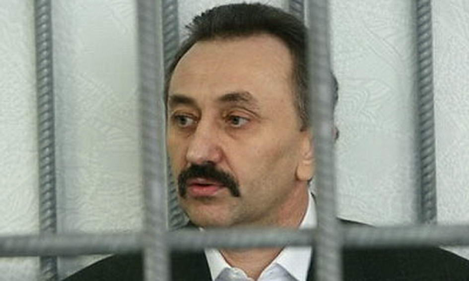 Экс-судья Зварыч хочет восстановиться в должности