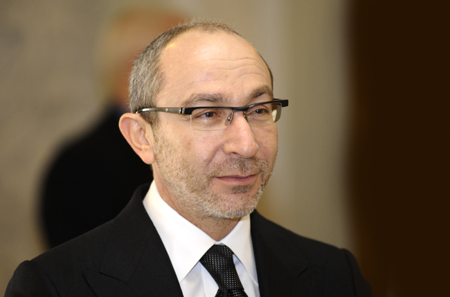 Декларации мэров: Кернес хранит 42 млн налом, а у Филатова пальто за 140 тыс. грн