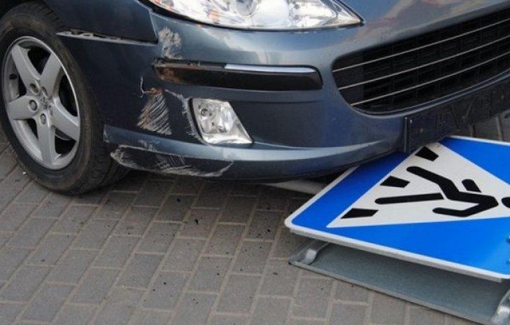 На это больно смотреть: пешехода сбили на смерть аж две машины (ФОТО)