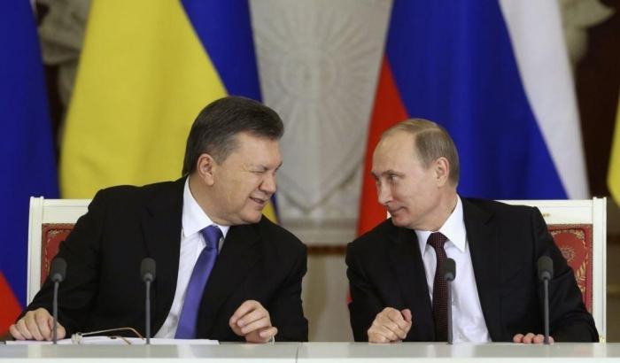 Янукович признал, что просил Путина ввести войска