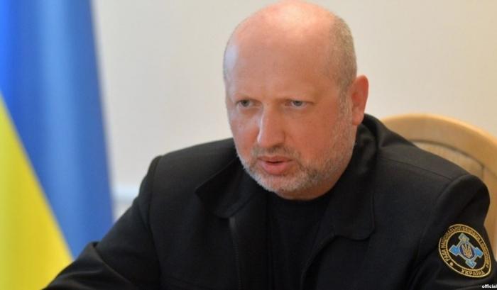 Турчинов ответил на истерику России по поводу ракет