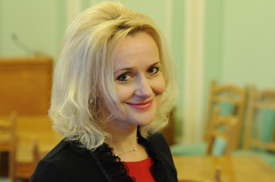 Новые фокусы: Фарион предложила выгнать с работы и учебы всех русскоязычных украинцев