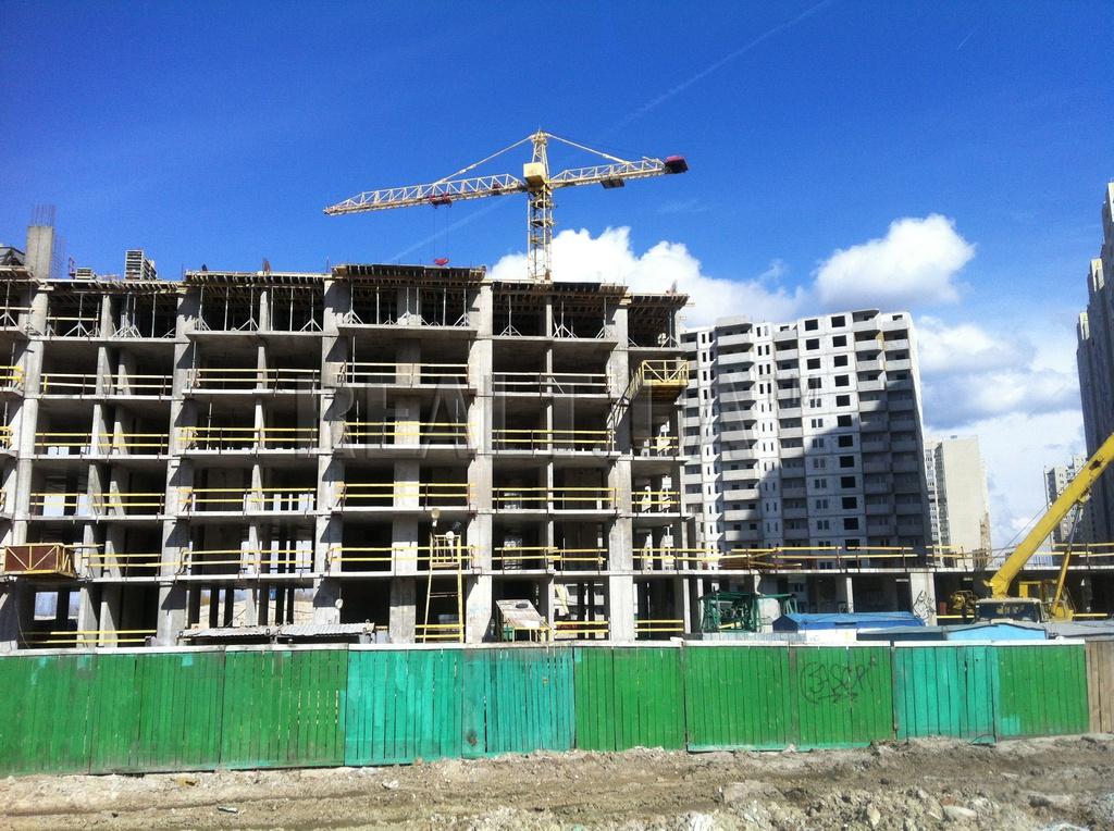 Ужасная трагедия на стройплощадке: мужчину насмерть раздавила бетонная конструкция