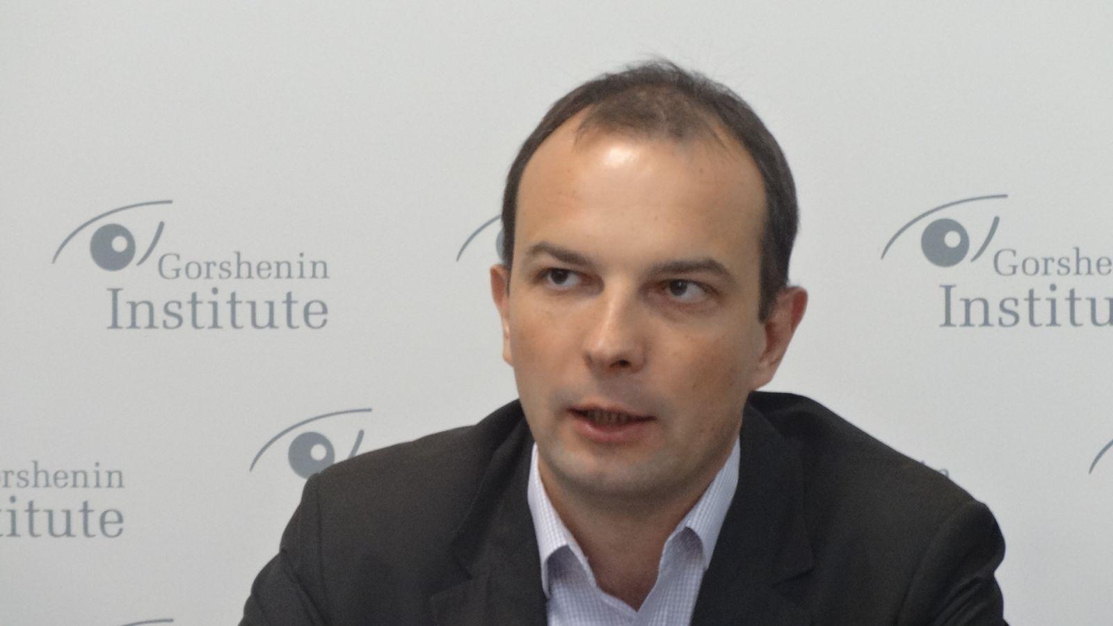 Соболев: Мы должны выгнать с должностей, желательно в тюрьму, всех должностных лиц, которые не смогут объяснить свое имущество