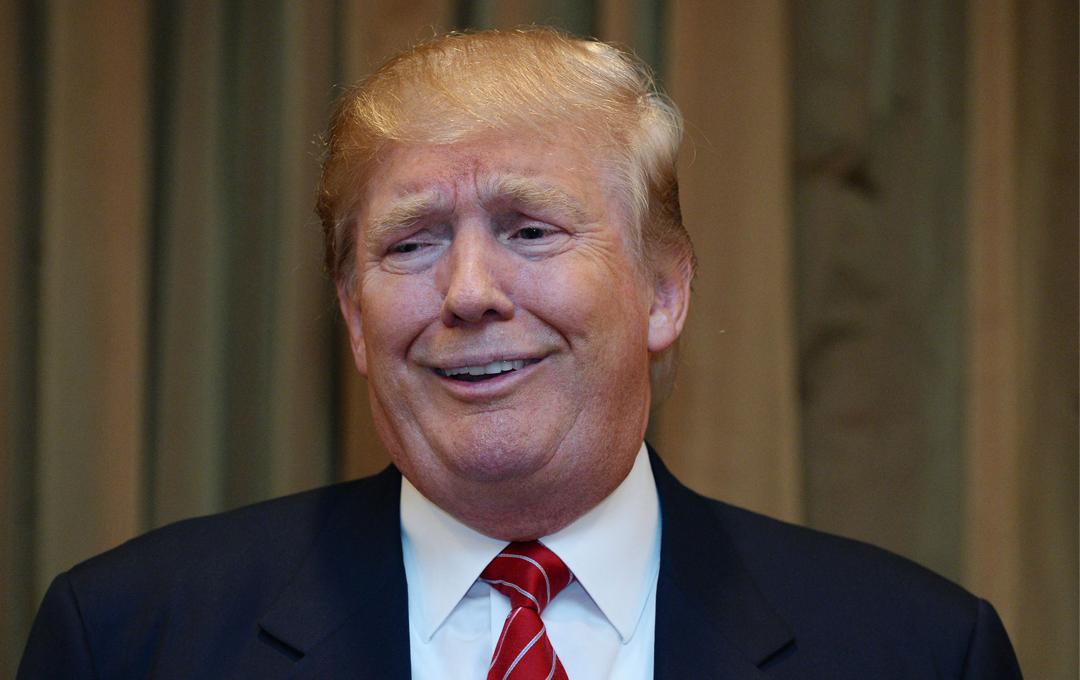 А это только начало: журналисты рассказали, что президент пытался их подкупить
